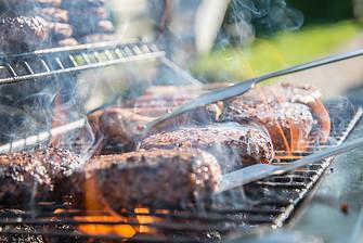 Quick Easy Summer Recipes - BBQ burgers