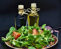 Is Apple Cider Vinegar Good for Diabetics - oil & ACV as a salad dressing