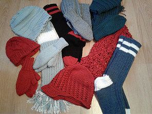 Inexpensive Homemade Christmas Gift Ideas - knit and crocheted gifts