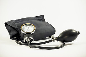 What Is The Link Between Obesity And Type 2 Diabetes - blood pressure cuff