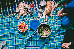 Diabetes and Spring - picnic at the park